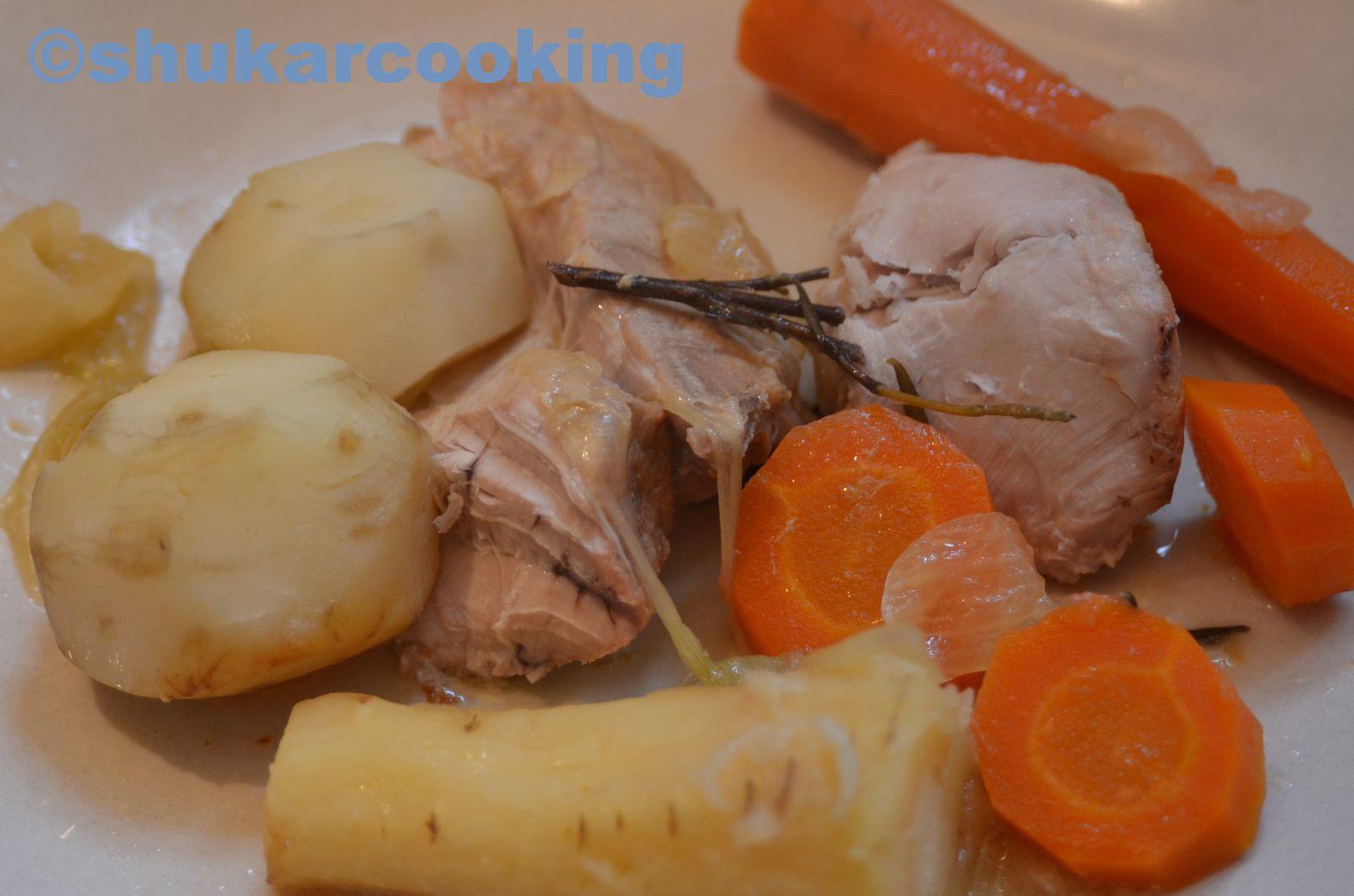 Rouelle de porc et ses légumes racines en cuisson lente
