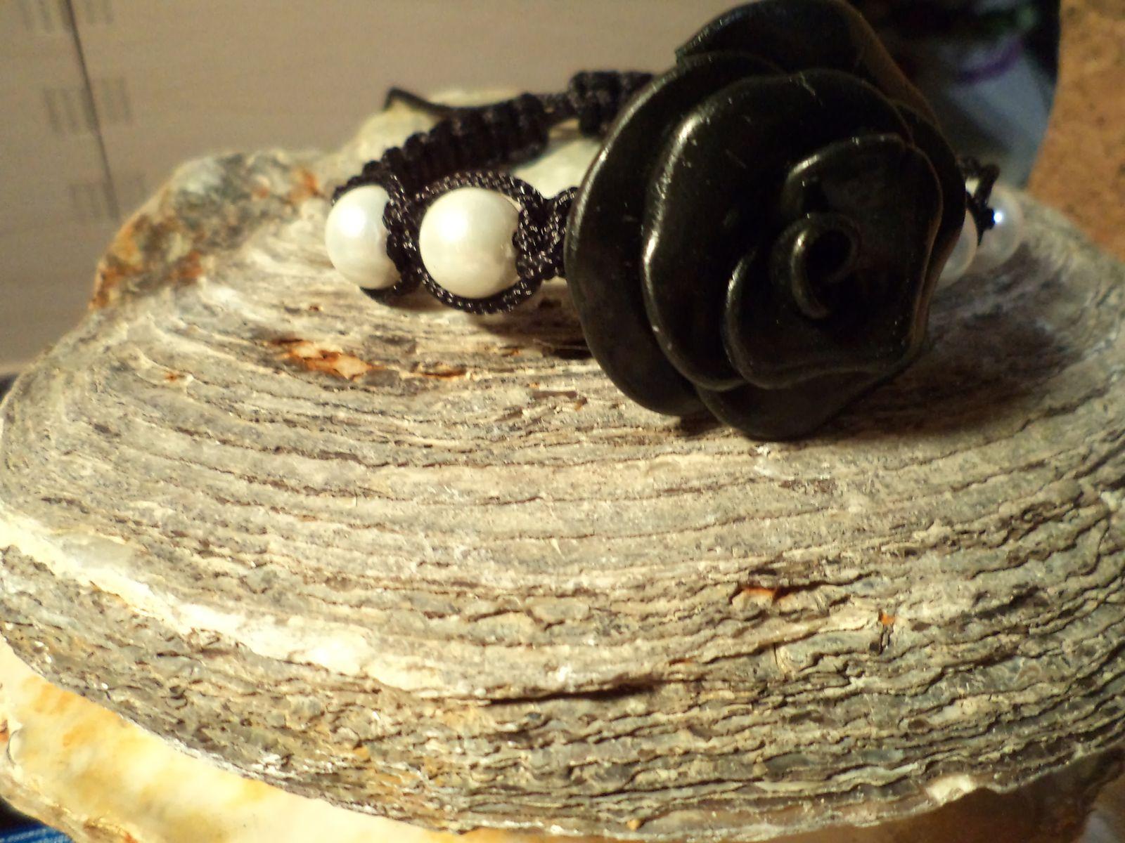 Bracelet TELL black and white