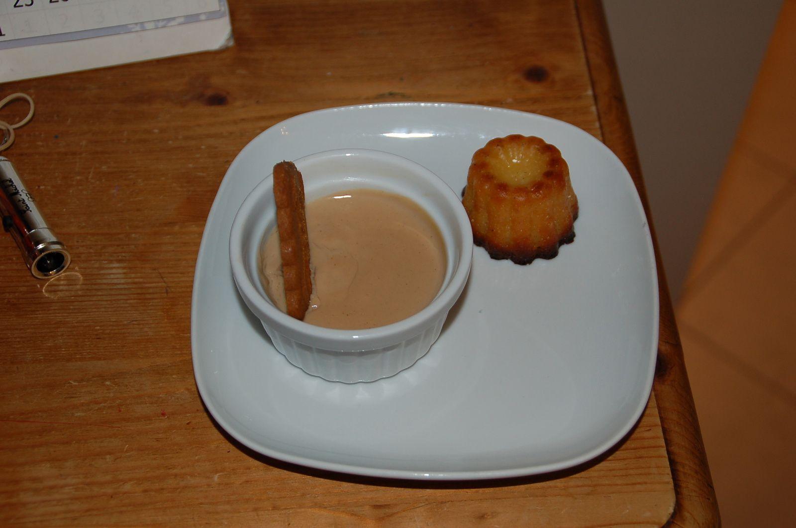 Cr me au pralin cuisine d co a quatre mains for Deco cuisine quatre bourgeois