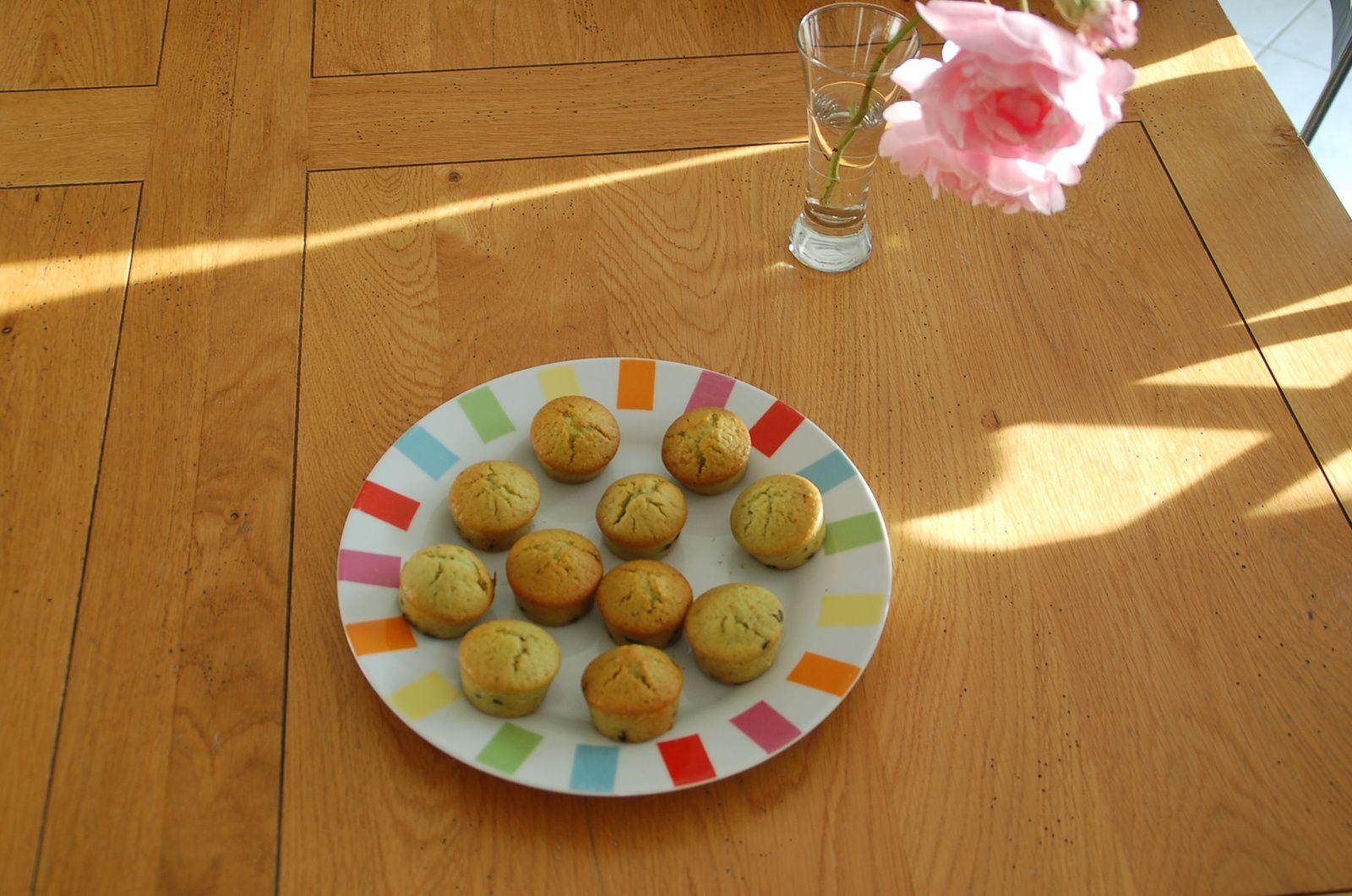Mini-muffins à la pistache et aux pépites de chocolat