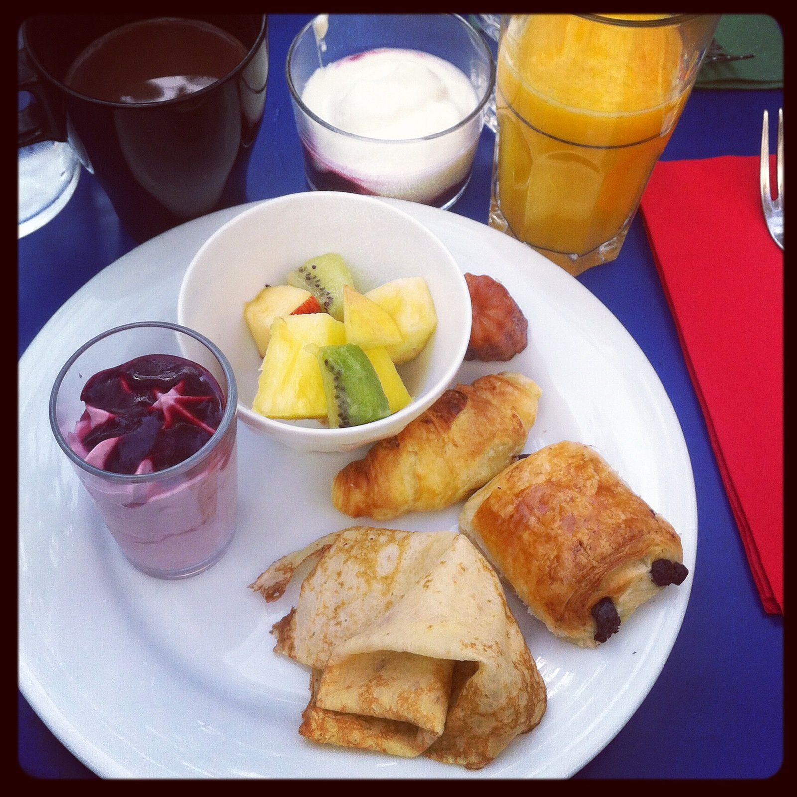 un super brunch parisien avec mon Glee club - LOVE LOVE LOVE KISS  KISS KISS
