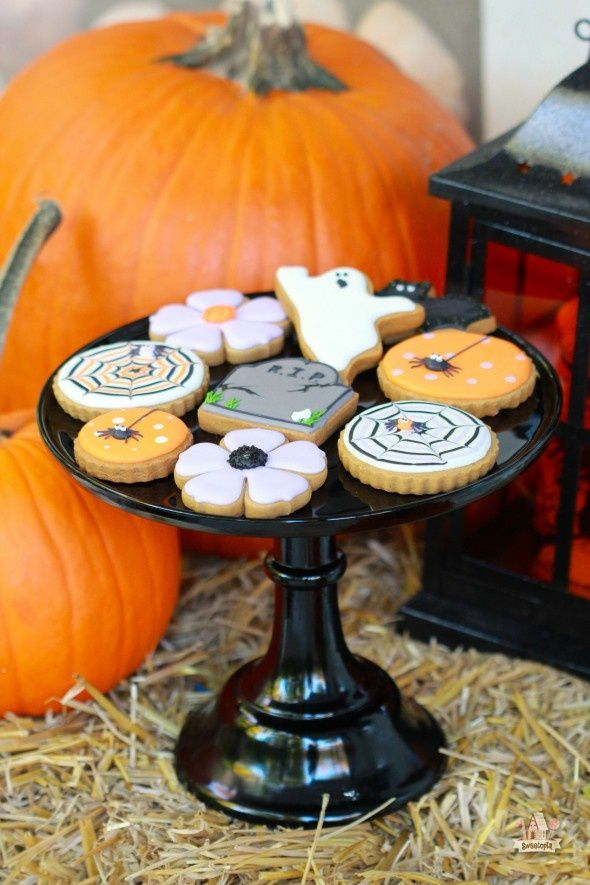 http://sweetopia.net/2013/10/halloween-porch-decor-pier-1-imports-gift-card-giveaway/?utm_source=feedburner&utm_medium=email&utm_campaign=Feed:+Sweetopia+(Sweetopia)