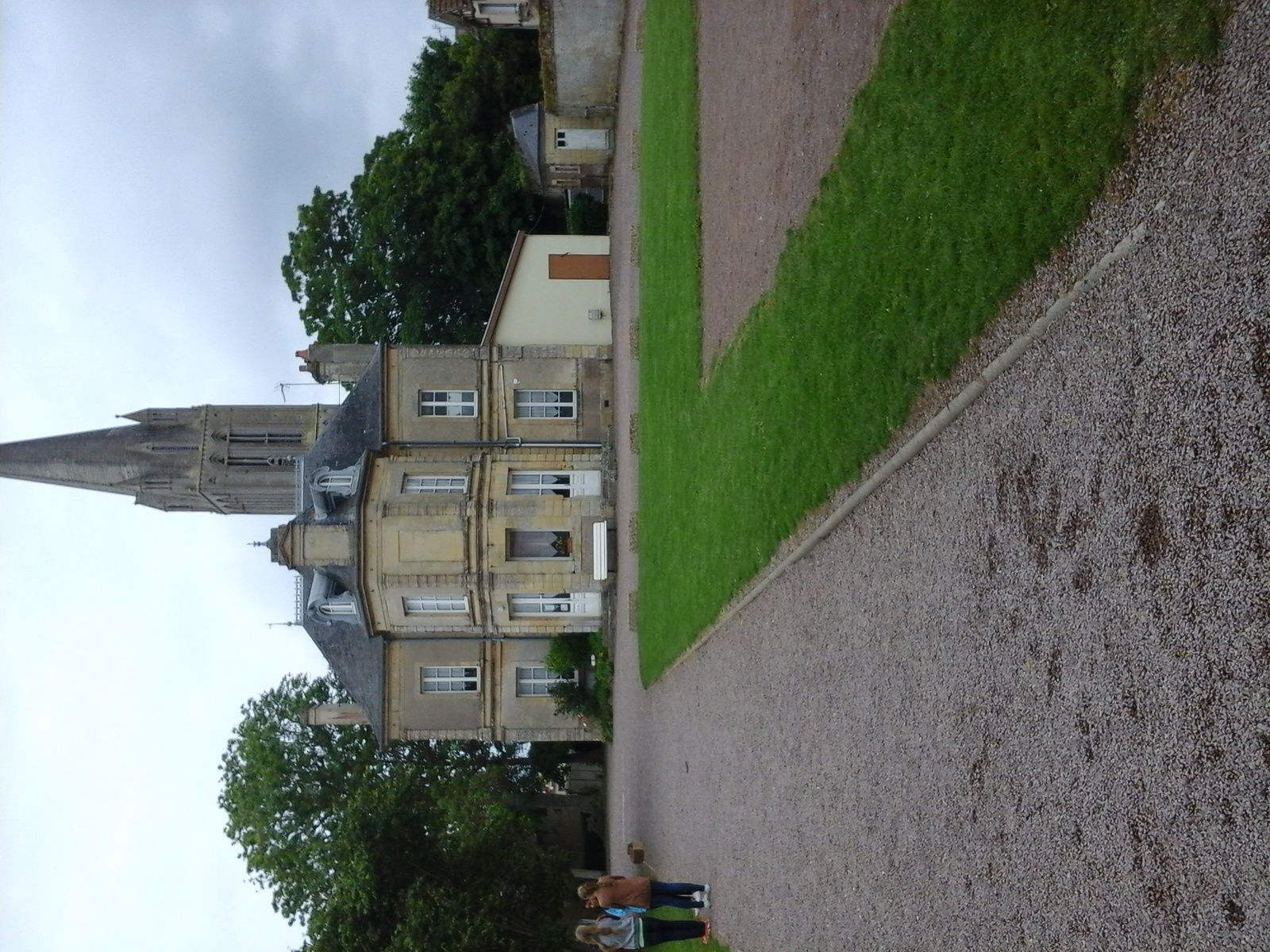 Trip to Normandy - Step 2 : Overnight at Bernières sur Mer