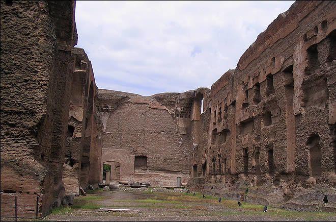 Thermes de Caracalla à Rome   Sombre nuit...   Les gardiens des portes : Amélie