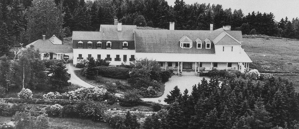 Estevan Lodge (aujourd'hui Jardins de Métis) à Métis | D'amour et de Haine : Quand tout bascule