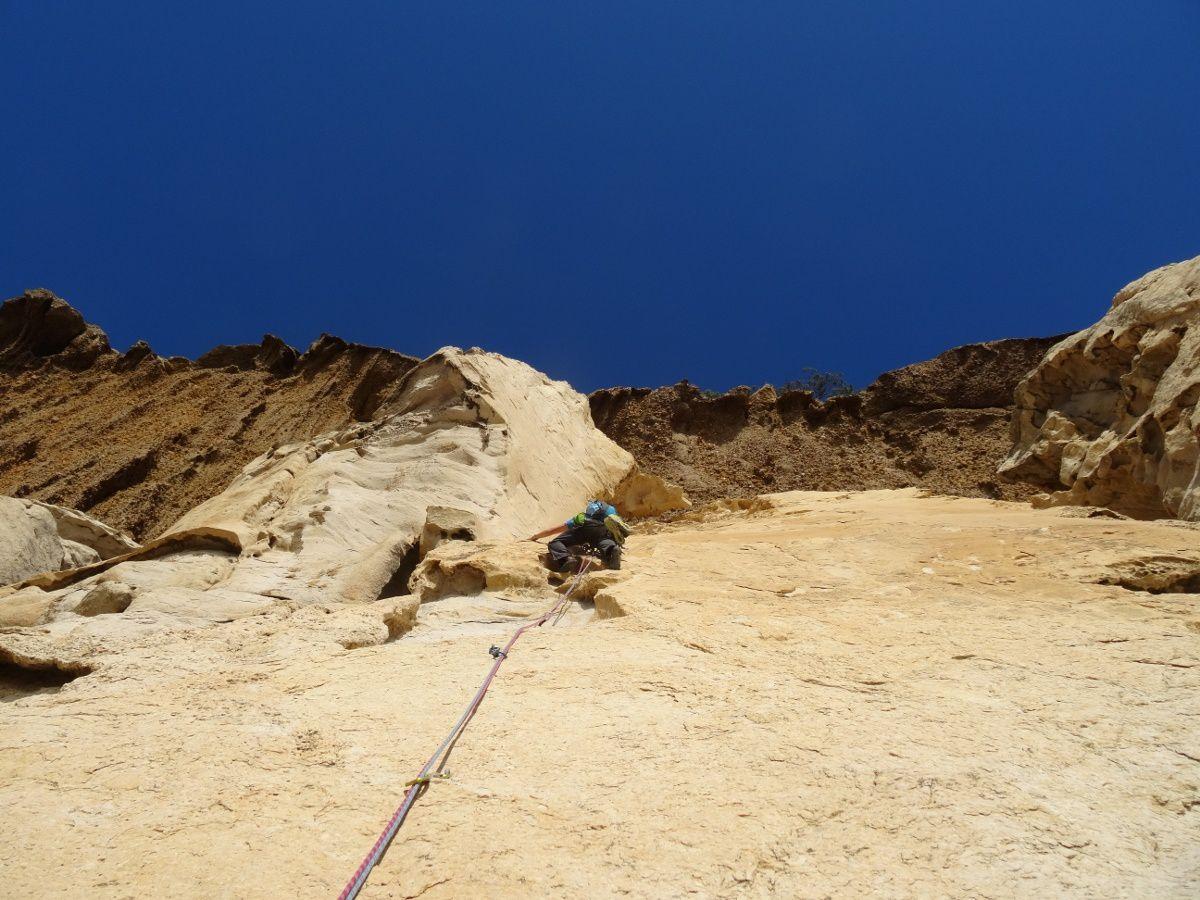 Grimpe et spéléo aux falaises Soubeyrannes