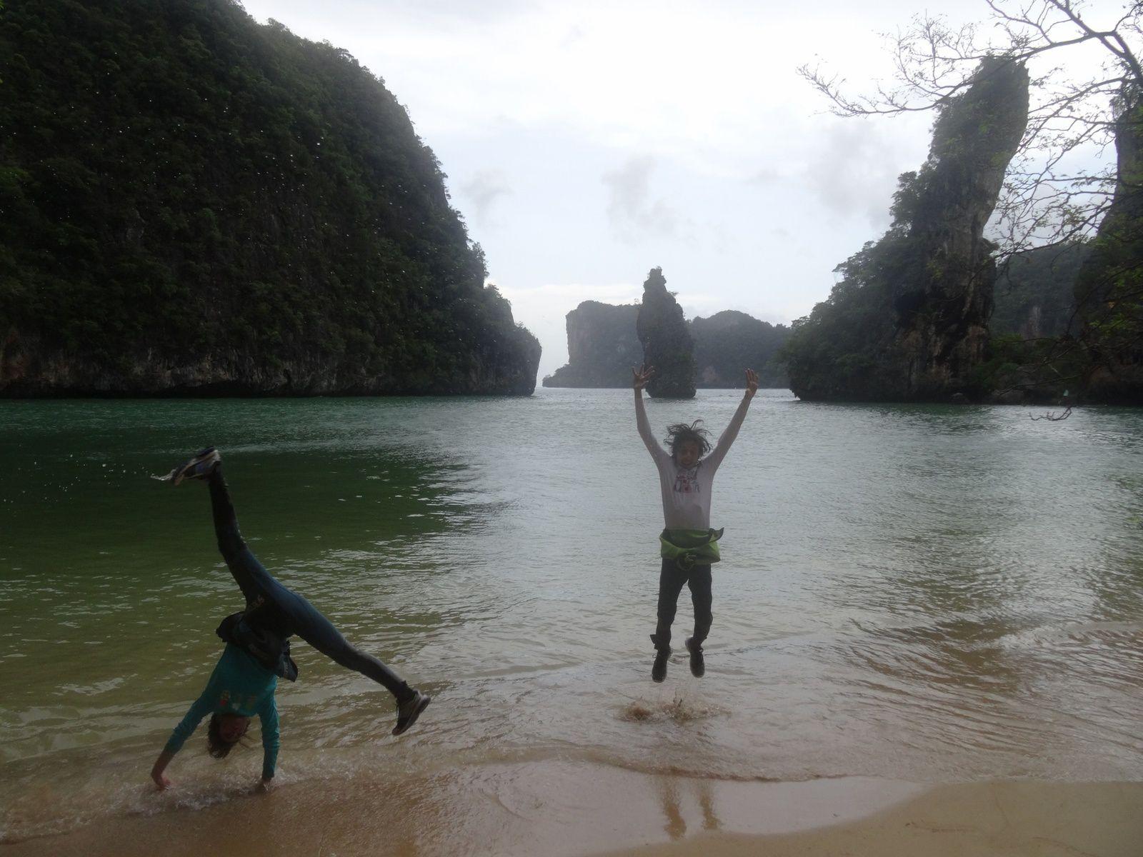Kayak entre les îles désertes