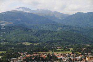 Massif de Tabe - Lavelanet vus de l'oratoire Sainte-Ruffine (620m)
