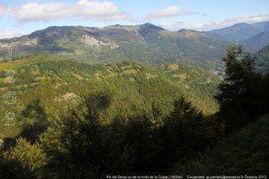 Pic de Sérau vu de la forêt de la Coste (1500m)