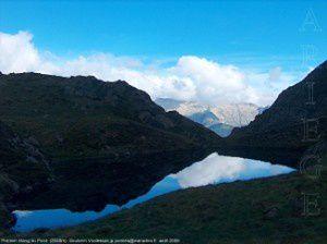 Premier étang du Picot (2040m)