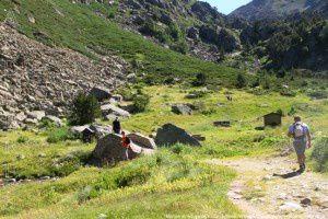 Montée au refuge de Juclar (2320m)