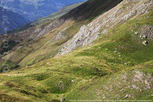 Montée au col de Crusous (2203m)
