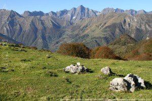 Mont Valier vu du col de la Serre de Cot (1546m)