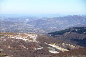 Foix vu du cap des Trois Termes (1278m)