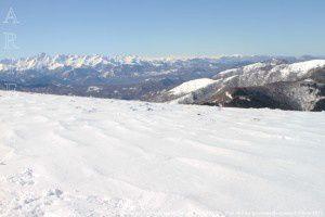 Chaîne des Pyrénées vue du cap de Carmil (1617m)