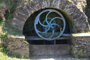 Fontaine des Pouteaux - Roumengoux