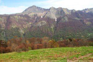 Mont Béas vu du plateau de Souliou (1291m)