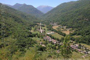 Vallée de Vicdessos vue du château de Miglos