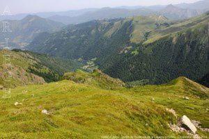 Vallée d'Ustou - Station de Guzet vus de la Lacarde (2003m)