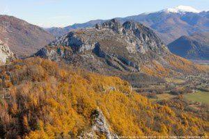 Roc de Sédour vu de la Roche Ronde (1001m)