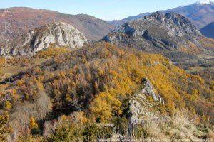 Le Calames - Roc de Sédour vu de la Roche Ronde (1001m)