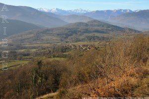 Vue sur Saint-Cirac - Montée à Charillon (771m)