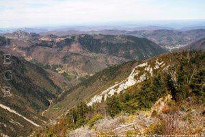 Le Pays d'Olmes depuis le pas de l'Ours (1400m)