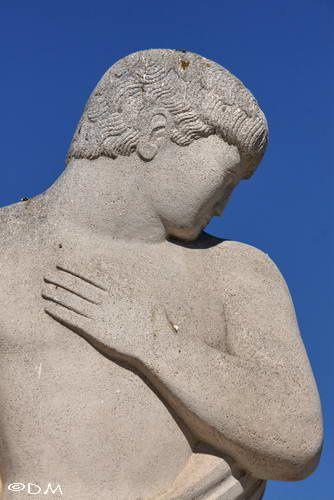 La Seyne s/Mer - Monument aux morts