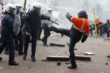 Avec la police capitaliste, zéro soutien