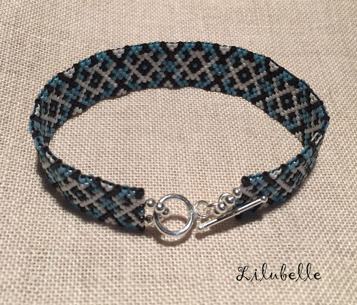 bracelet en perles miyuki bleu blanc et noir dans le jardin de lilubelle il y a. Black Bedroom Furniture Sets. Home Design Ideas