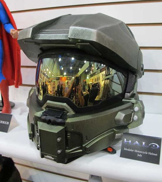 Neca Nouvelle Images Du Casque Halo Fan Collection