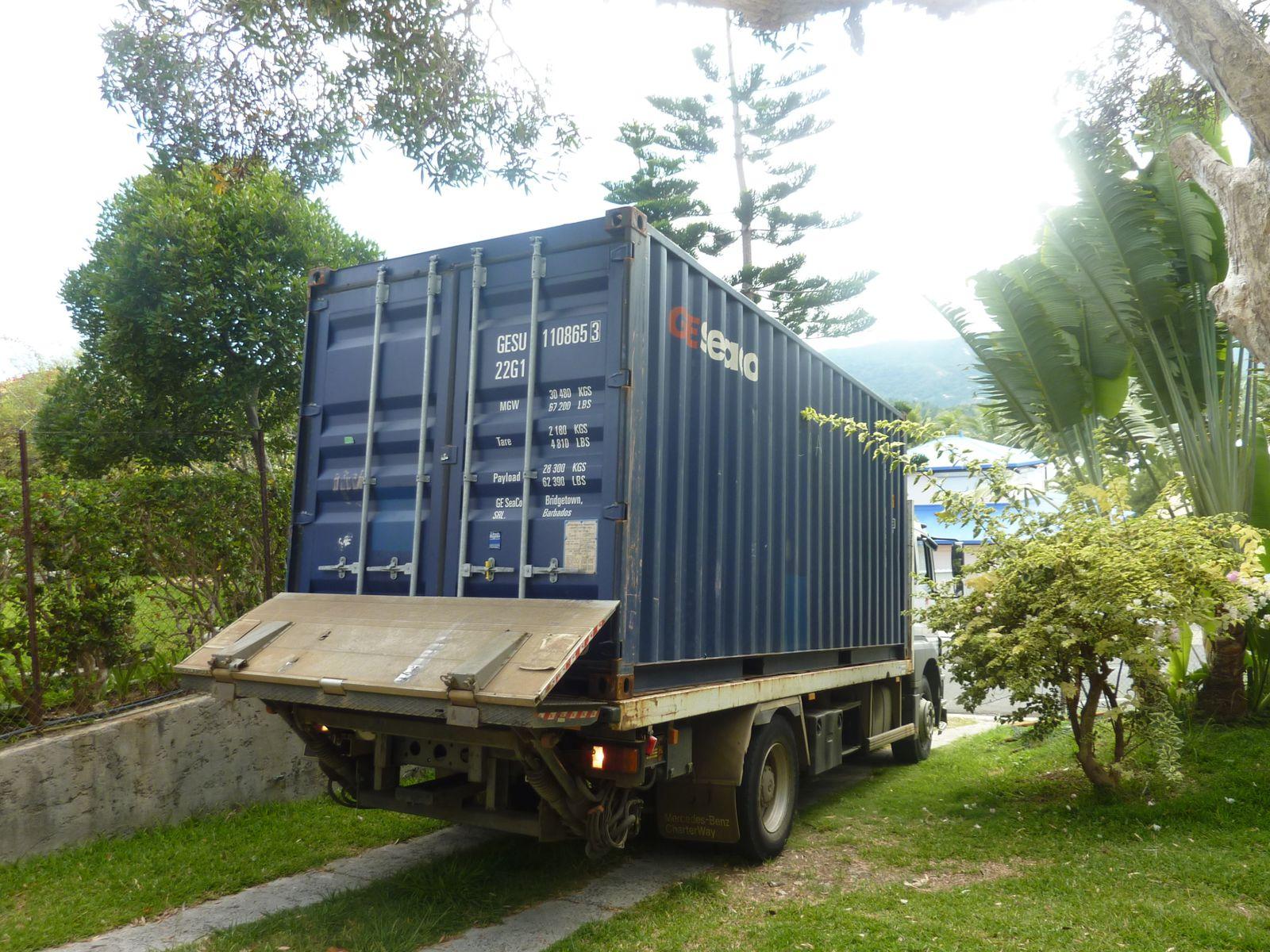 Nous revoil notre container est arriv for Maison container nc