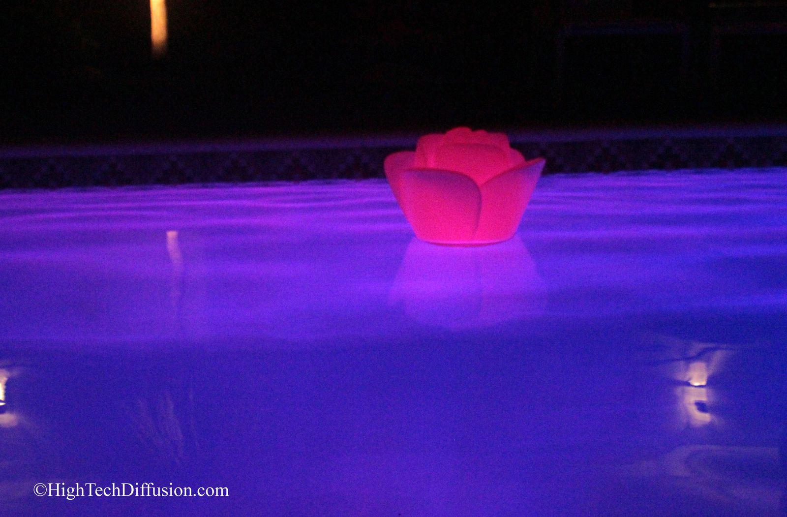 Babylove waterproof... la rose lumineuse flottante