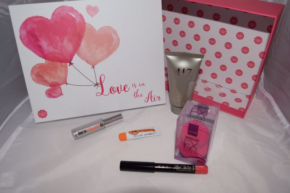 GLOSSYBOX Février 2016 : Love is in the Air !