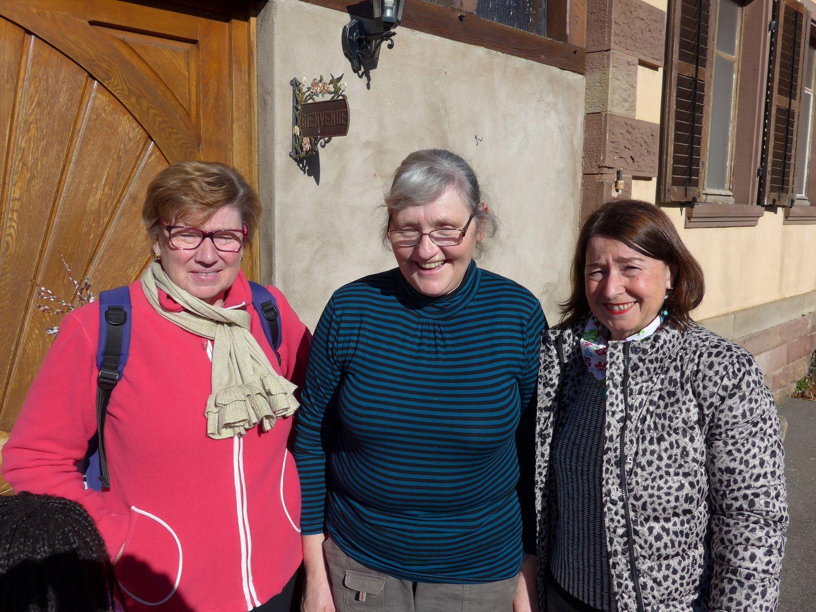 Le plaisir de se retrouver entre anciennes collègues de travail, Doris ayant quitté le Cabinet Stamo depuis 1977 !!!