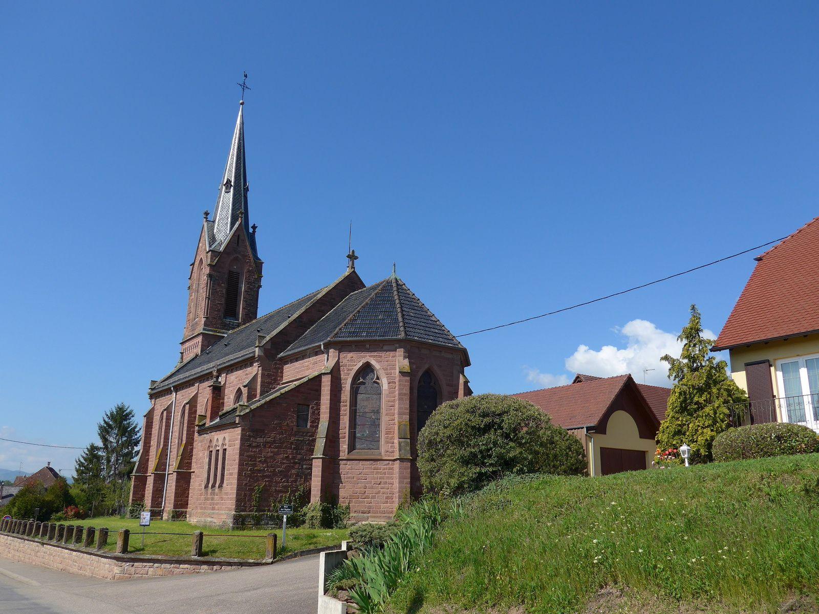 L'église Catholique de Balbronn où est conservé l'armoire eucharistique de 1453, malheureusement l'accés n'est pas possible, elle est fermée.