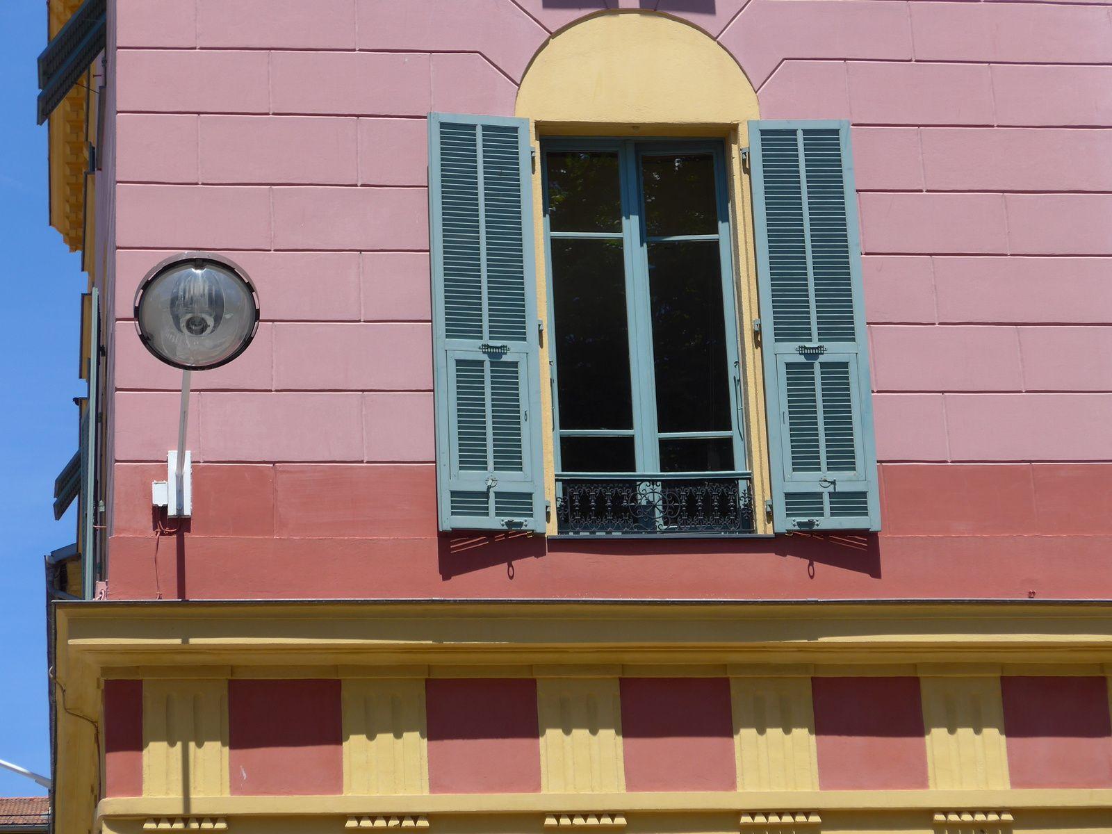 Tout prés du port de Nice