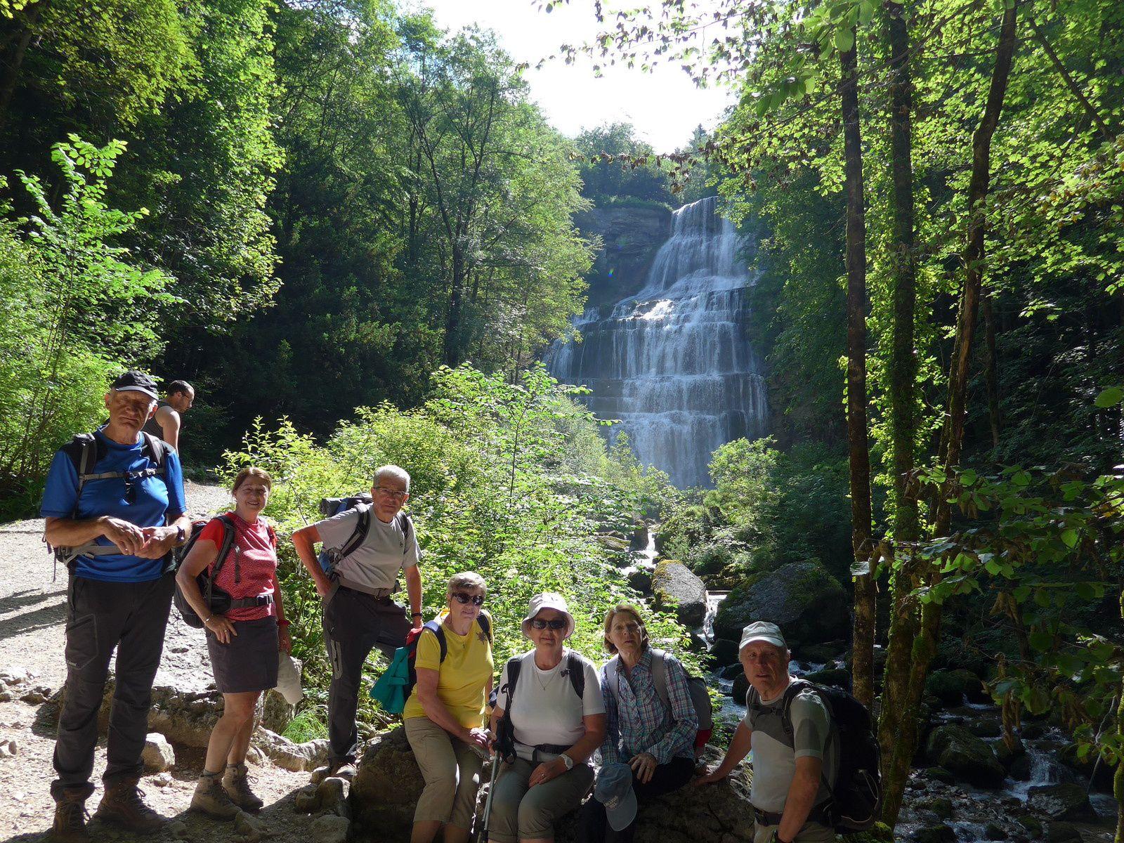 Au cours de la montée, 31 sauts et cascades du Hérisson s'offriront à nous