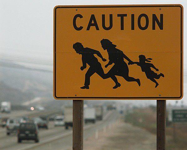 Caution-crossing-le-kiosque-aux-canards