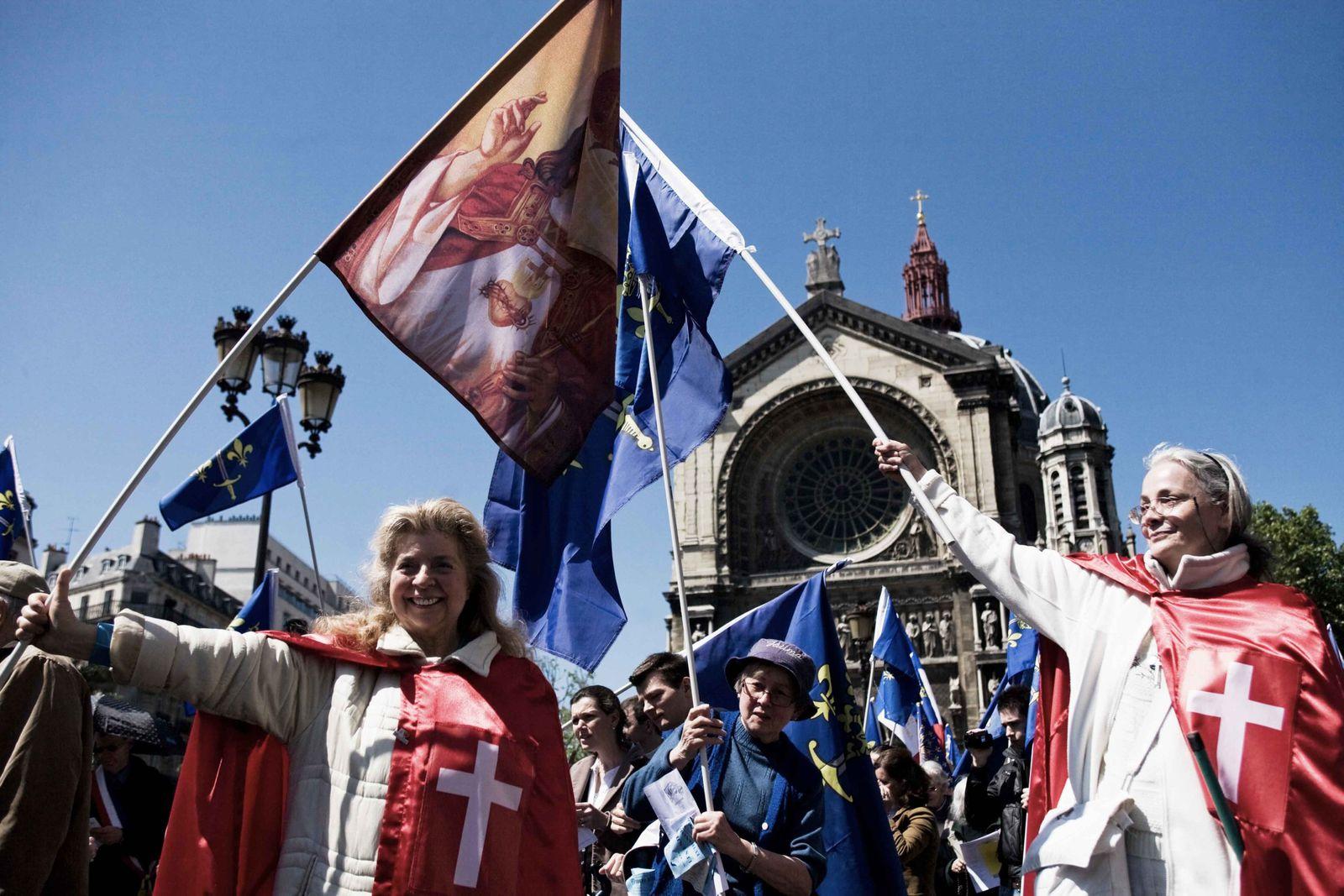"""La pétition """"anti-mariage pour tous"""" irrecevable"""