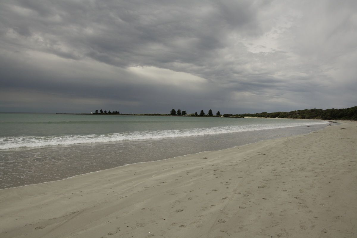 Le long de la plage de Port Fairy