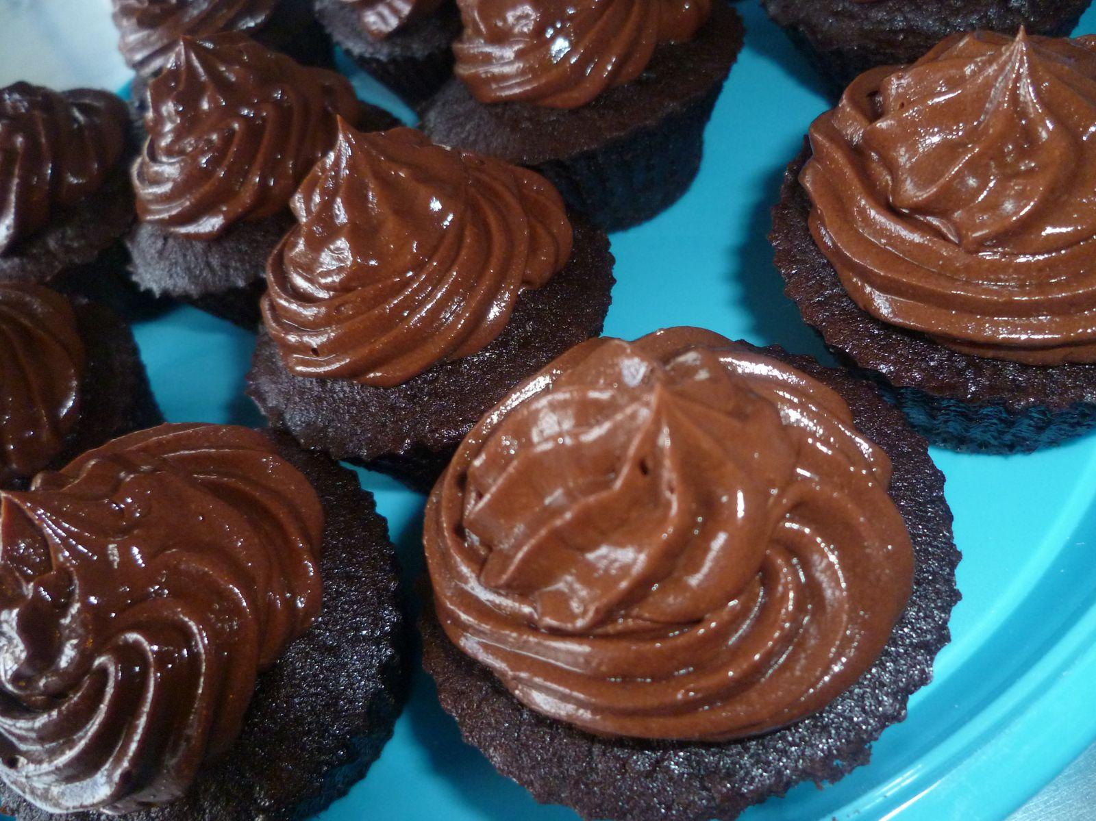 Cupcake « LE basique chocolat » - glaçage chocolat