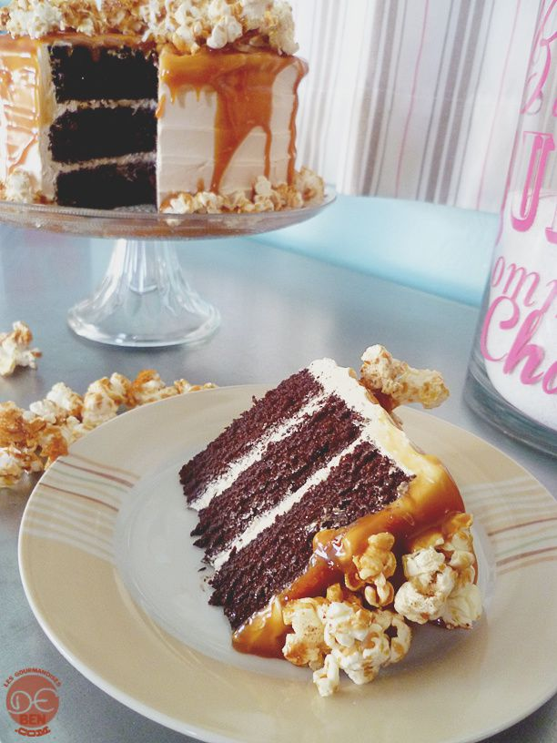 Layer cake au chocolat et au caramel salé