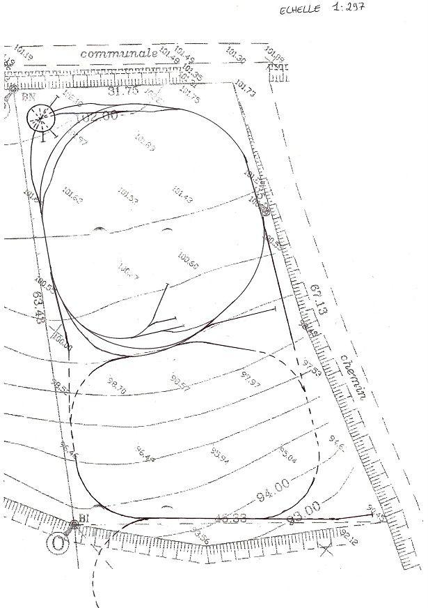 Le plan avec les extensions. Les parties en pointillés représentent la zone à crémaillère.