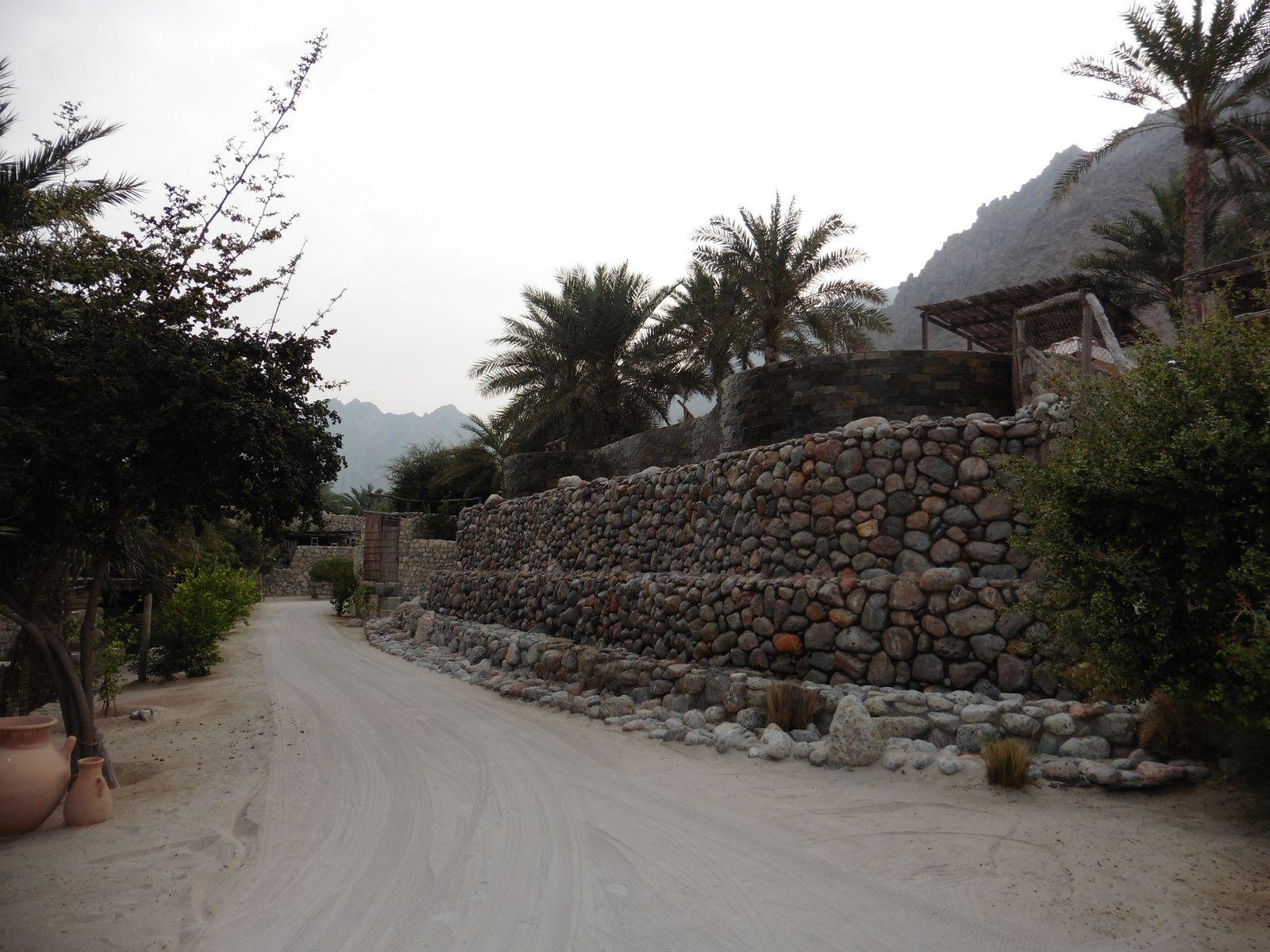 Selon la légende, Sindbad le Marin vécut à Sohar, au dixième siècle, dans le nord omanais.