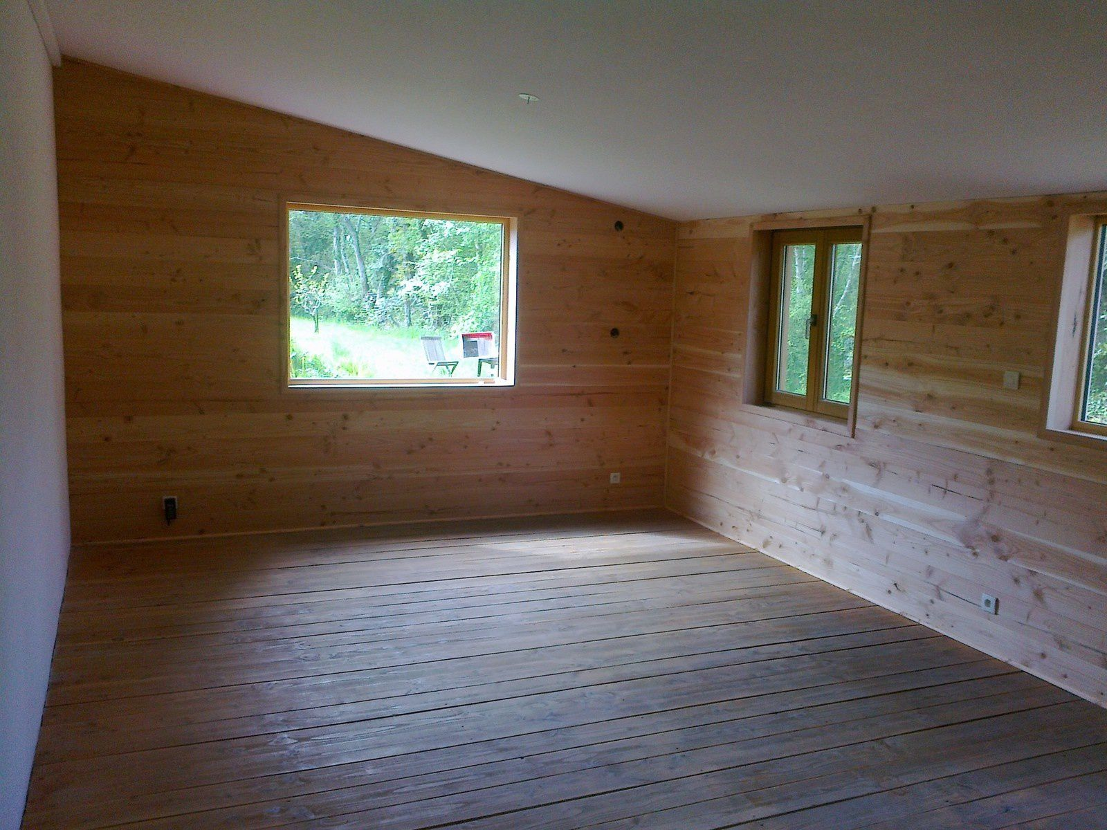 Isolation Intérieure en laine de bois + parement de volige Douglas + réalisation plafond