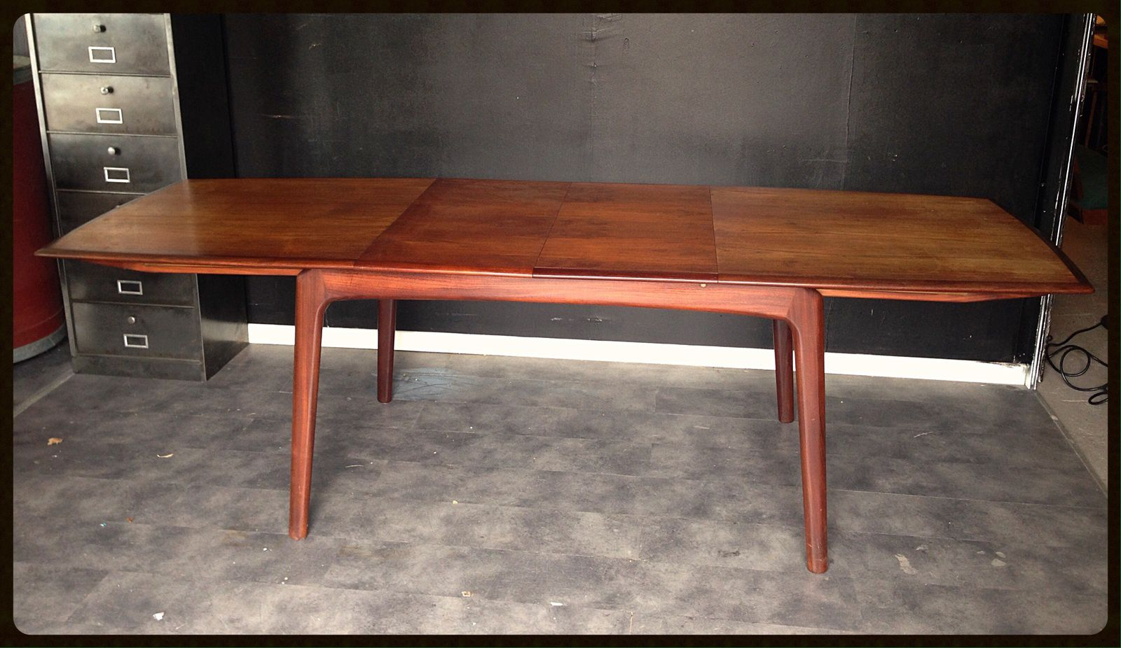 Table scandinave rallonge for Table a rallonge design scandinave