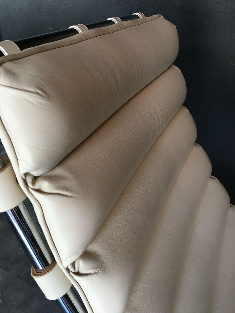 Vendu / Lounge chair Mies Van Der Rohe Knoll