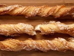 Les kouign-amann, version originale, tel que vous pouvez les acheter à la Pâtisserie des rêves. Les miens en-dessous !