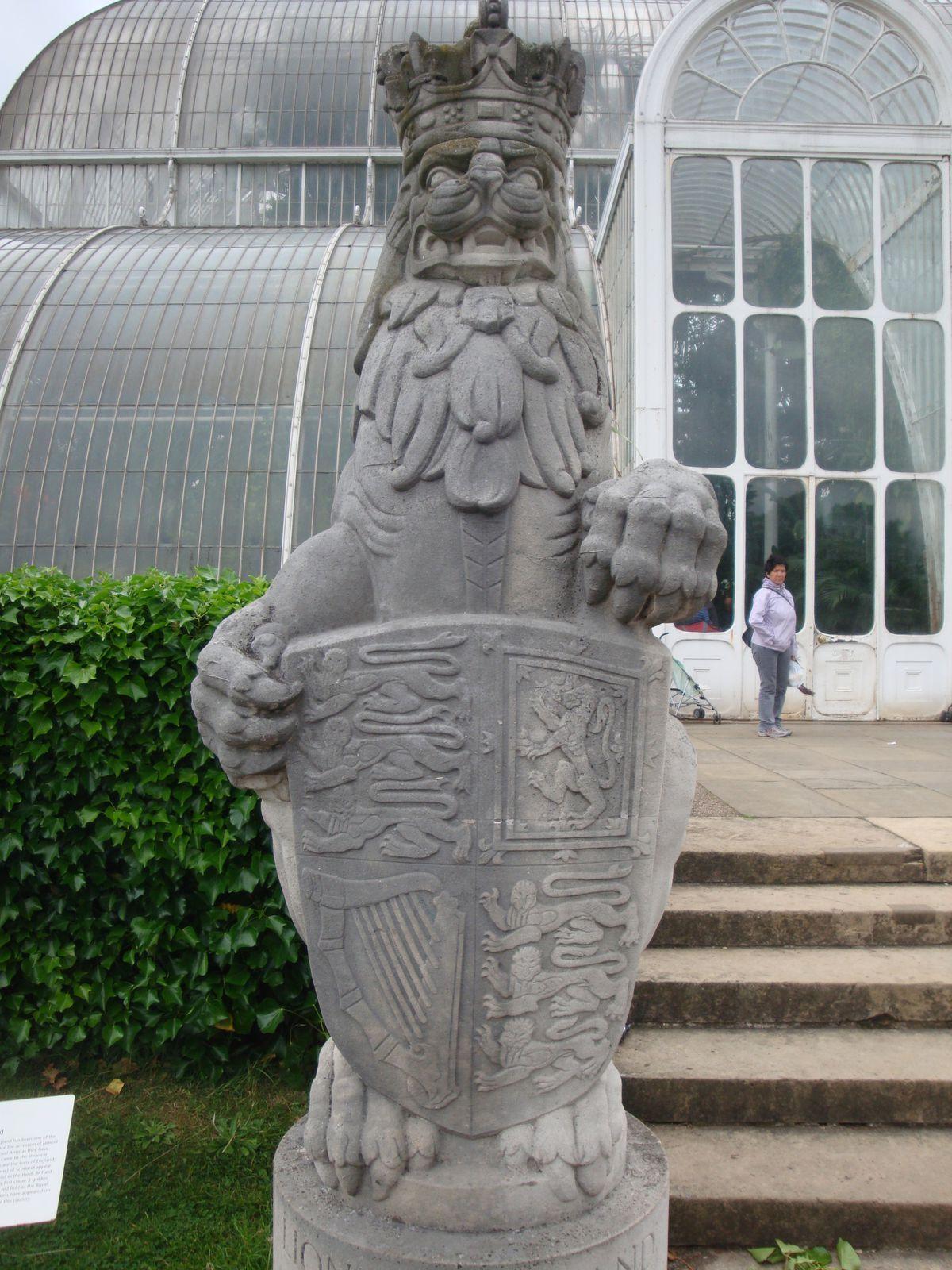 Sur le portail de la Reine et au Kew Gardens